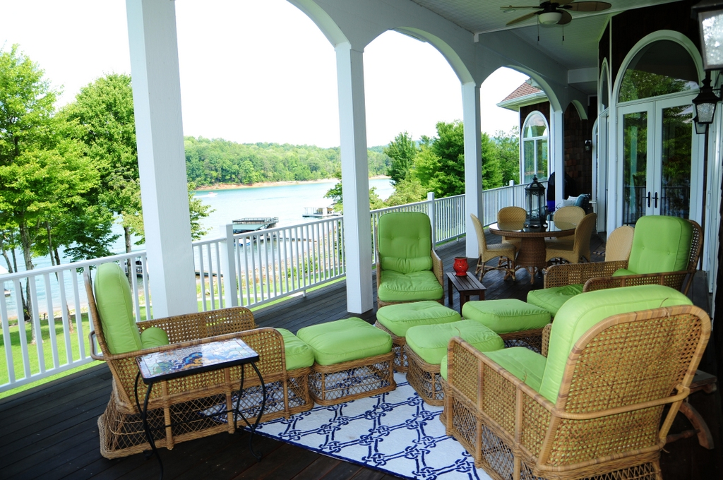 Covered porch with IPE Brazilian hardwood flooring