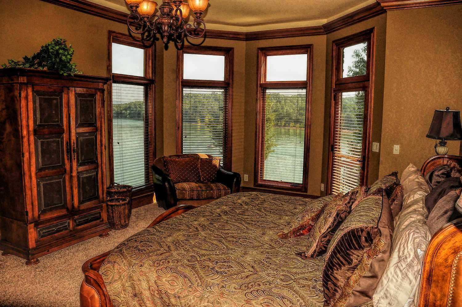 Master Bedroom with trey ceilings and fabulous lakefront views of Norris Lake