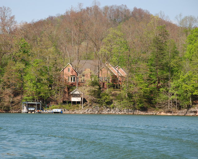 Cove Norris Vacation Homes for Sale