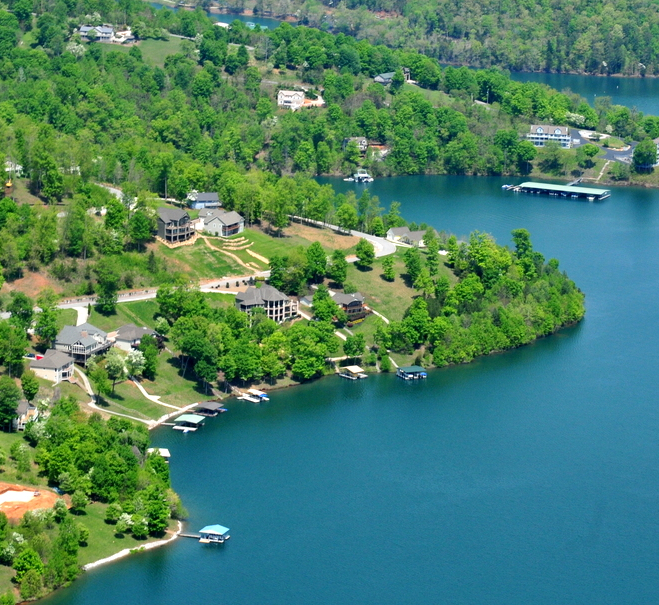 norris-crest-lake-community-on-norris-lake-lake-homes