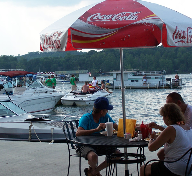 restaurants-by-the-water-norris-lake-sitting-on-the-dock