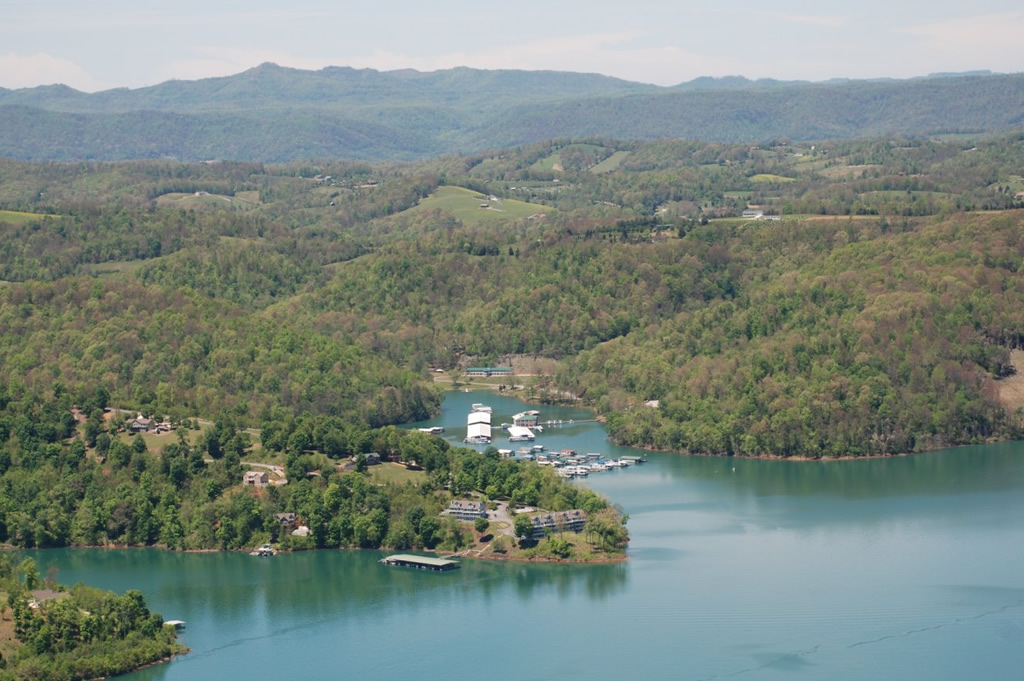 The Pointe at Shanghai on Norris Lake
