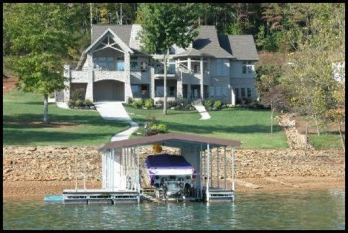 Luxury lake house for sale on norris lake norris lake tn for Luxury lake house