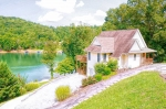 Enjoy lake life at this Norris Lake Vacation Home