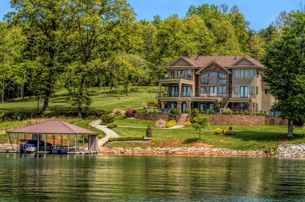 Fabulous norris lakefront home for sale at the peninsula for Real estate cabins for sale