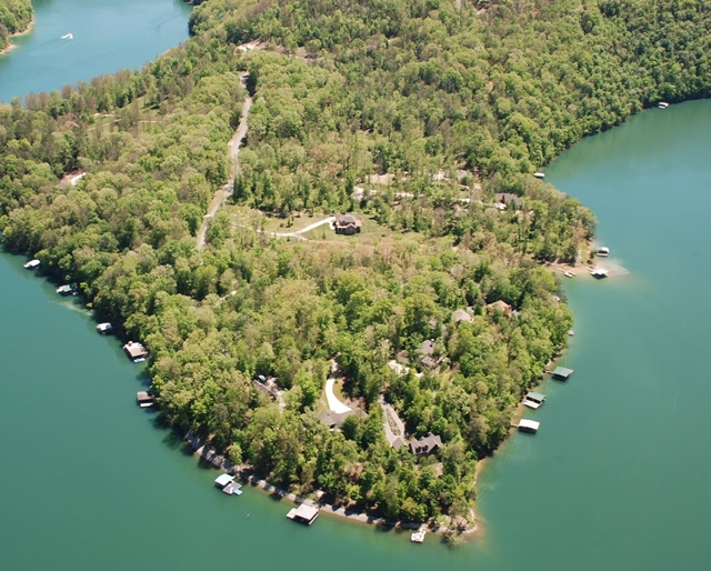 Cove Norris lake community on Norris Lake