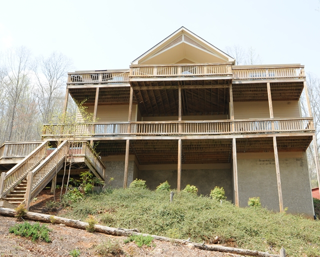 677 Waterfront Trail Lafollette, TN