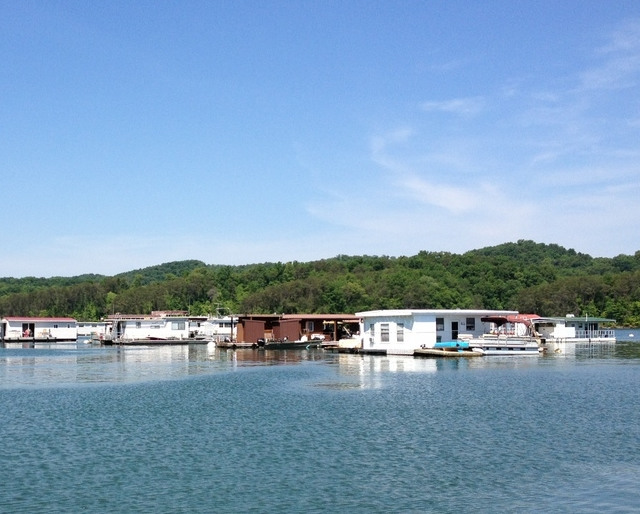 Floating Houseboat Rentals on Norris Lake