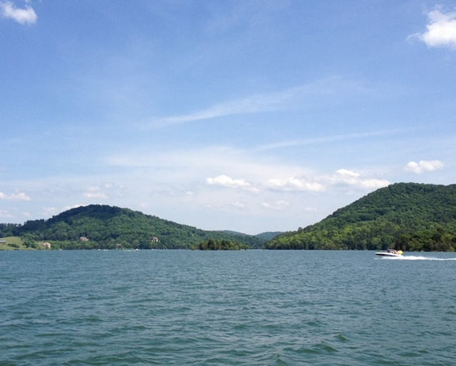 Norris Lake, Tennessee