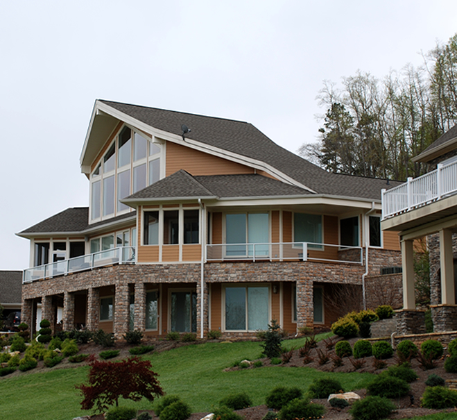 Luxury living at the peninsula on norris lake norris for Lakefront houses