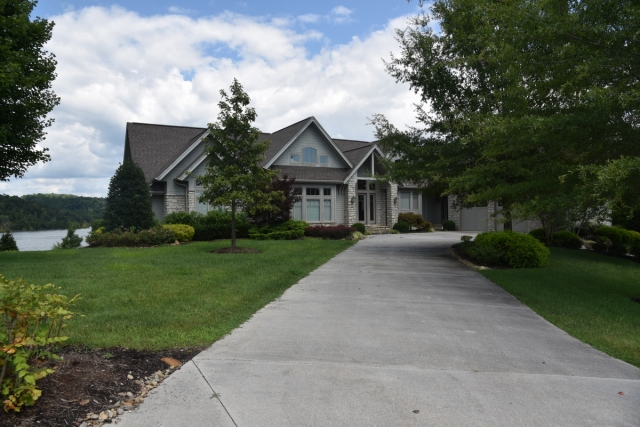 113 Crown Pointe - Lafollette, TN 37766