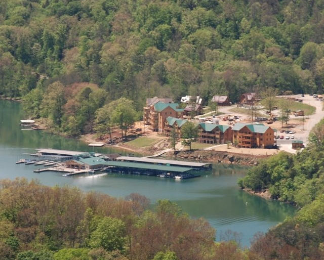 Twin Cove Resort & Marina on Norris Lake