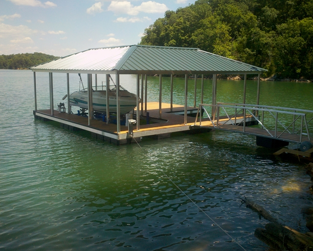 Boat Dock Builders on Norris Lake
